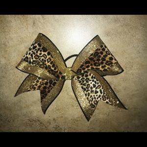 glittery cheetah cheerbow